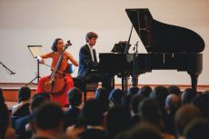 Classical Concert. Raphaela Gromes, Munich cello soloist and chamber musician and Julien Riem, member of the Munich Horn Trio and the Velit Quartet