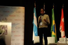 Sedzani Siaga, Plenary Session Moderator, G8 & G20 Alumni Association Scientific Comission Member