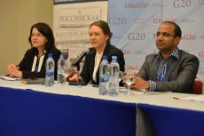 From left to right: Jenny Mikakos, Ksenia Khoruzhnikova, Dr. Maneesh Kumar