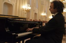 Oleg Vaynshtein, Prize winner of classical piano international competitions